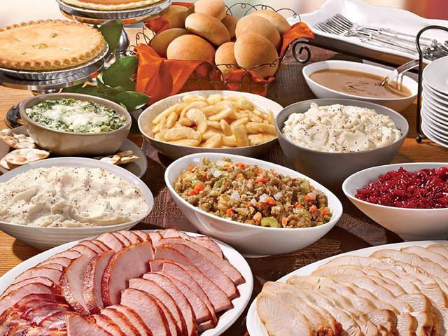 Boston Market Thanksgiving Dinner  Urban Outreach Denver feeding the homeless for