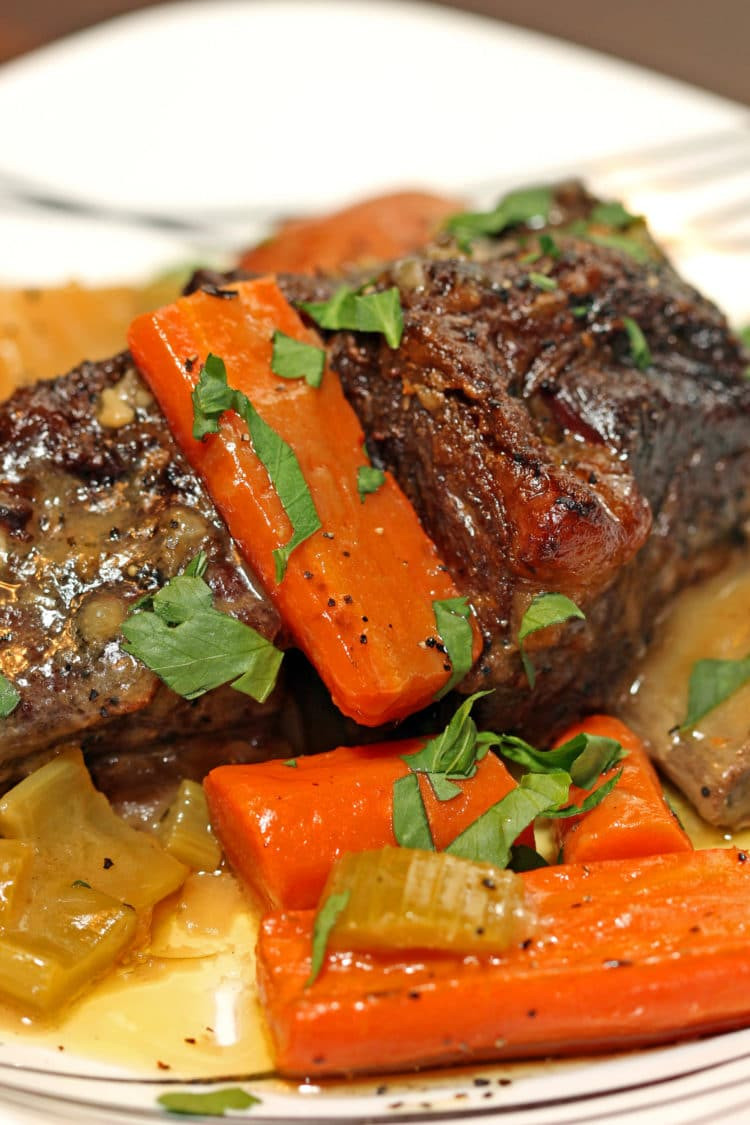Braised Beef Short Ribs  Braised Beef Short Ribs in Herbed White Wine Sauce