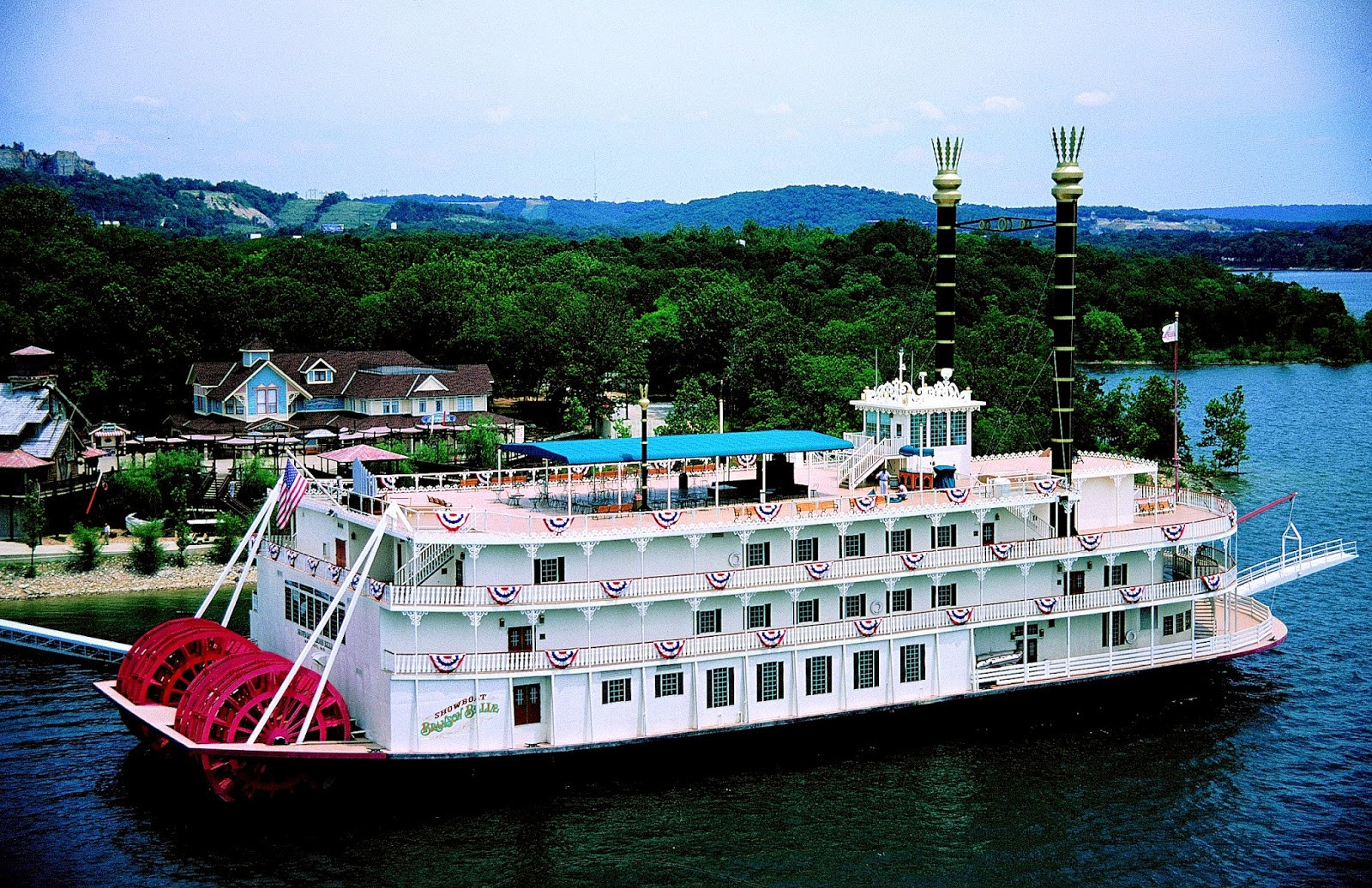 Branson Dinner Cruise  Director Jewels Visiting Branson with Toddlers Showboat