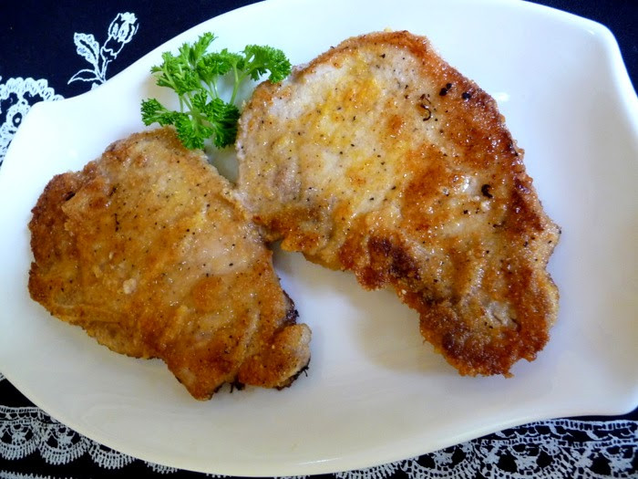 Breaded Fried Pork Chops  SPLENDID LOW CARBING BY JENNIFER ELOFF BREADED FRIED PORK