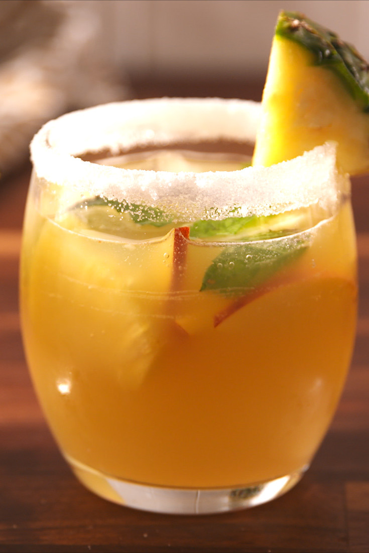Breakfast Alcoholic Drinks  20 Best Brunch Cocktails Alcoholic Drink Recipes for