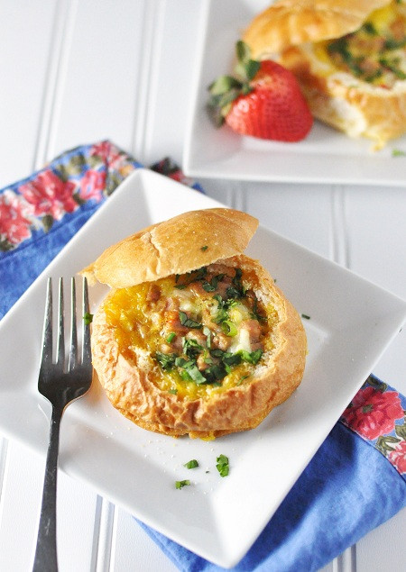Breakfast Bread Bowl  Easy Egg Cheese & Chicken Sausage Breakfast Bread Bowl