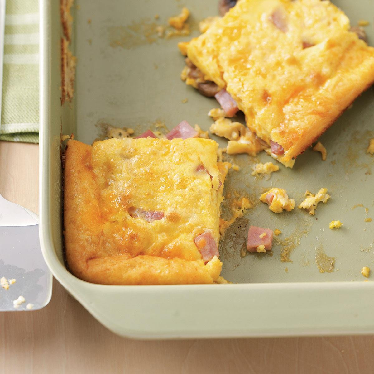 Breakfast Casserole With Ham And Potatoes And Eggs  Ham and Egg Breakfast Casseroles Recipe