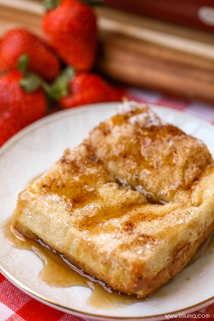 Breakfast French Toast Casserole  Overnight French Toast Bake
