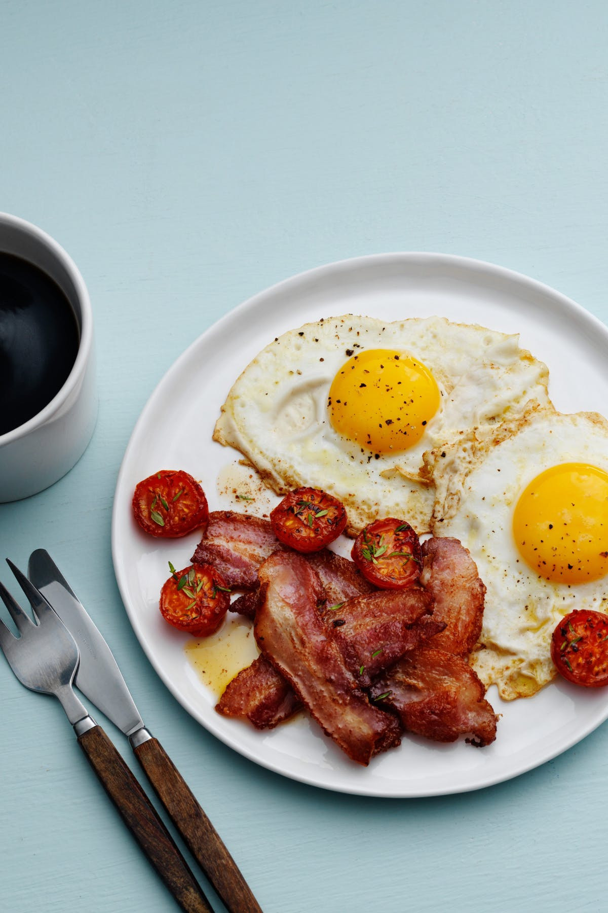 Breakfast Ideas With Eggs And Bacon  Classic Bacon and Eggs a Keto Breakfast Favorite Diet