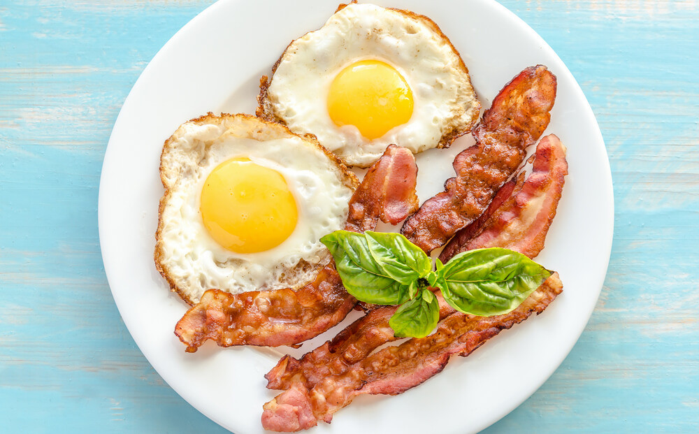 Breakfast Ideas With Eggs And Bacon  Bacon and Eggs
