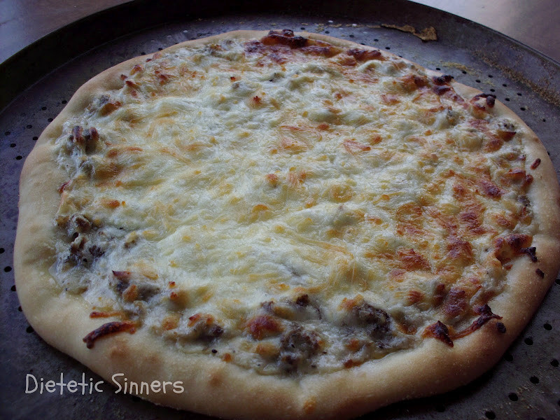 Breakfast Pizza With Gravy  Dietetic Sinners Sausage & Gravy Pizza aka Ugly Breakfast