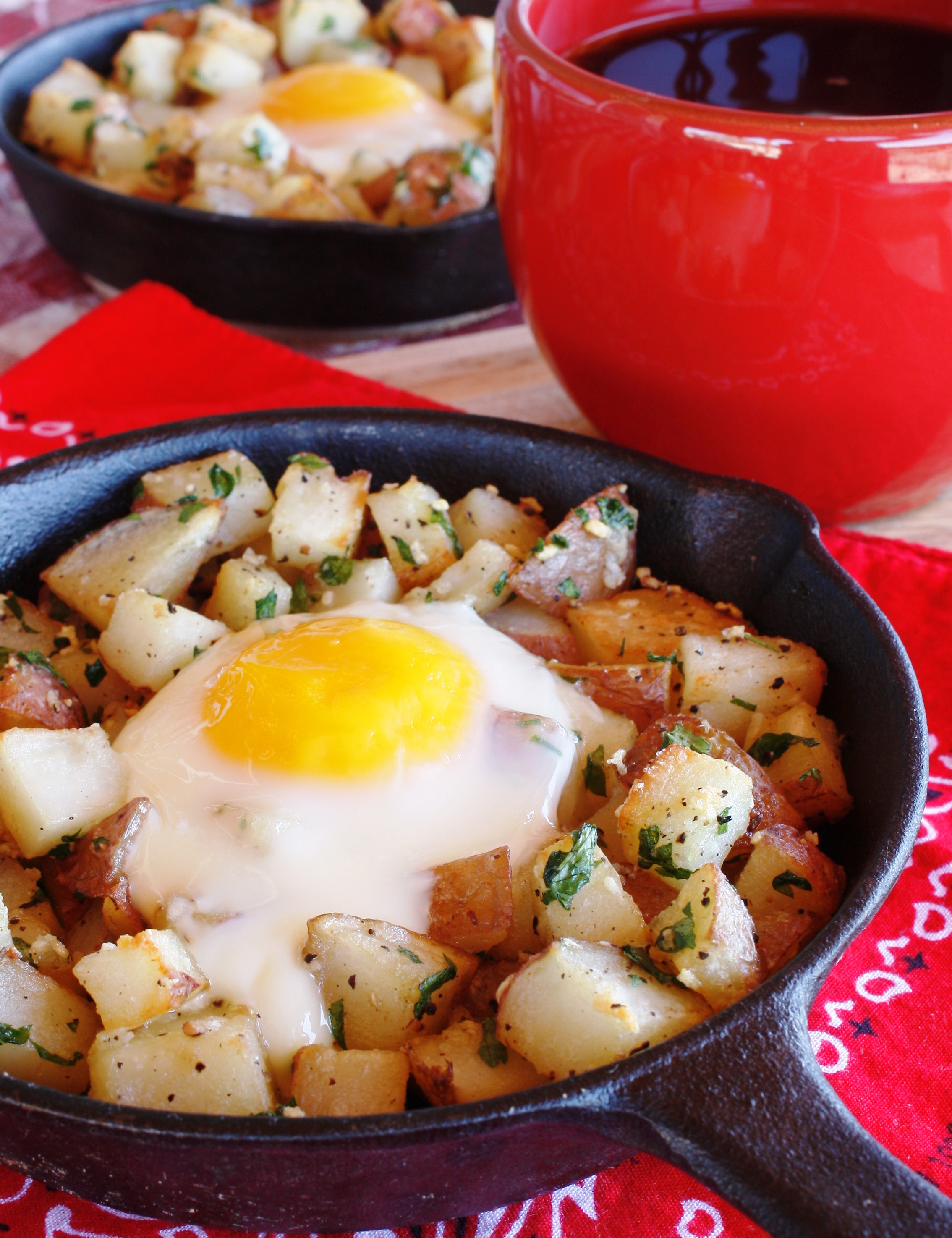 Breakfast Potatoes Skillet  Sunny Red Potato Breakfast Skillet and How to Clean a Cast