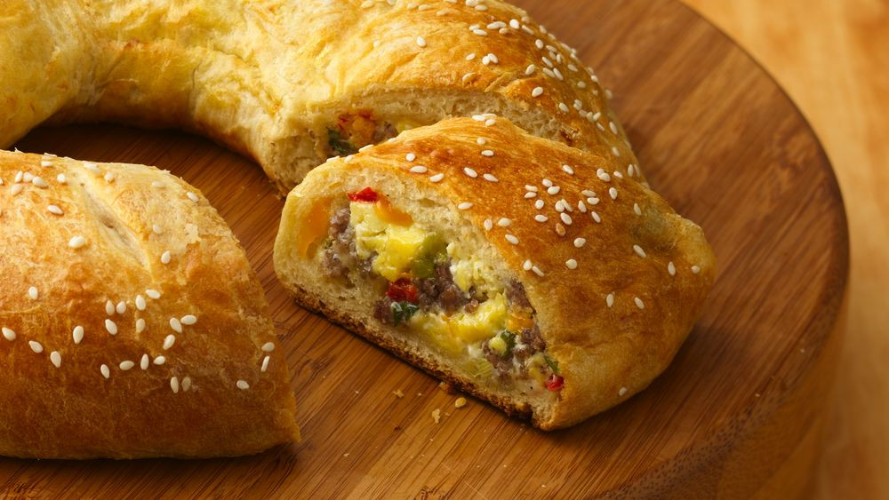 Breakfast Sausage Recipes For Dinner  Egg and Sausage Breakfast Ring Recipe Pillsbury