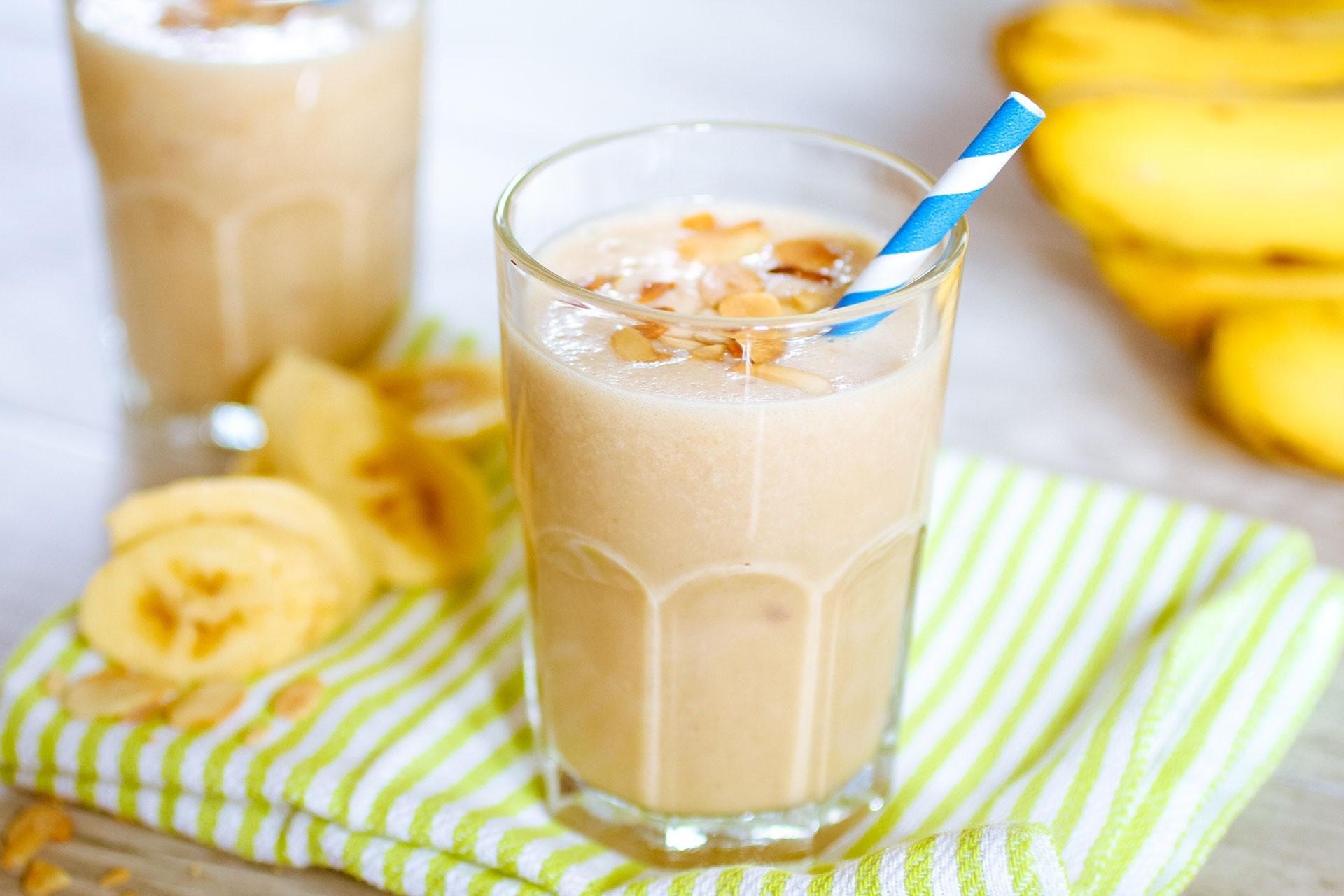Breakfast Shake Recipes  Banana & Almond Breakfast Shake Recipe – Fitness Volt