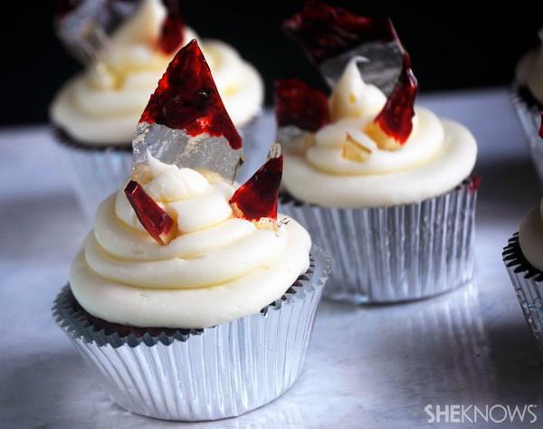 Broken Glass Cupcakes  Creepy as hell bloody broken glass cupcakes for Halloween