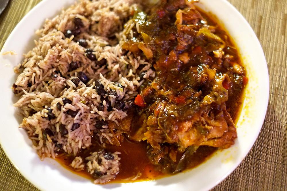 Brown Stew Chicken  Brown Stew Chicken Plate1