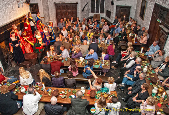 Bunratty Castle Dinner  Bunratty Castle Banquet Me val Banquet