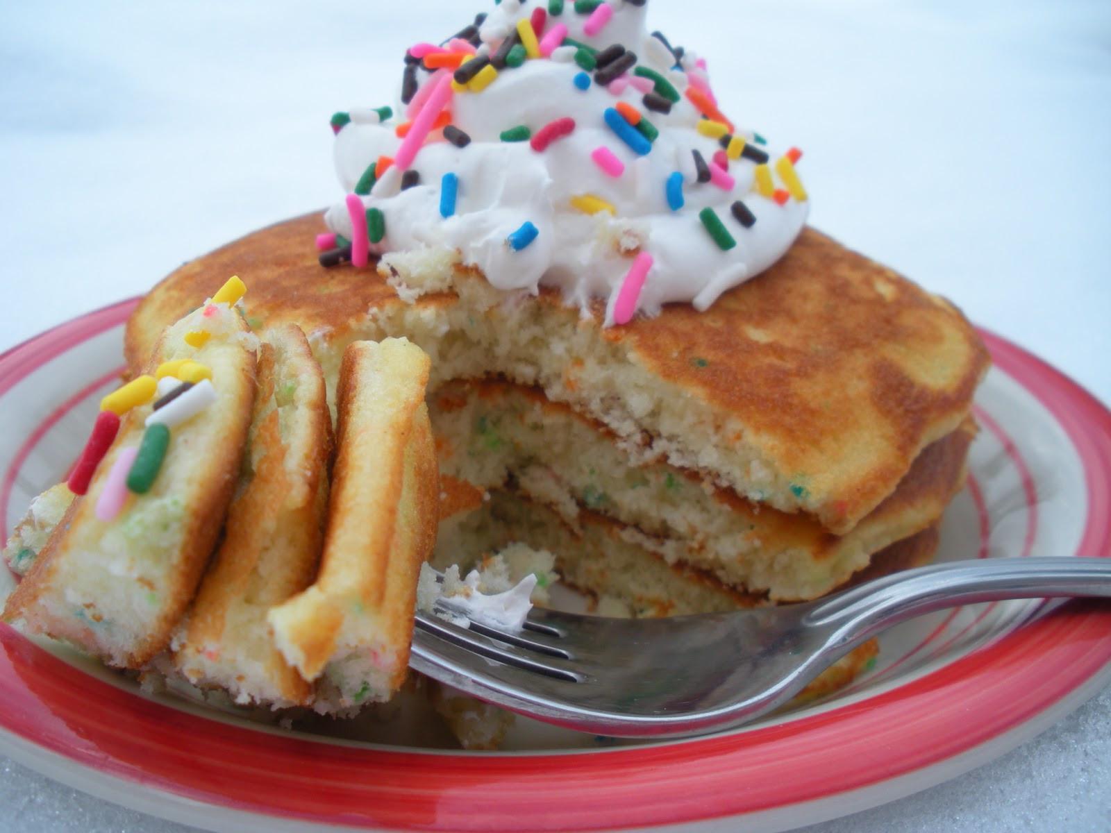 Cake Batter Pancakes  Funfetti Pancakes