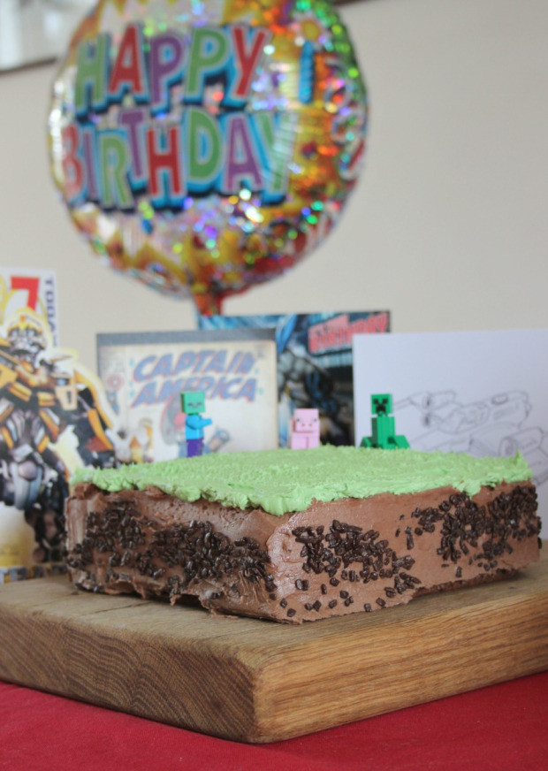Cake Crafting Recipe  A Really Easy Minecraft Cake – Zeens and Roger