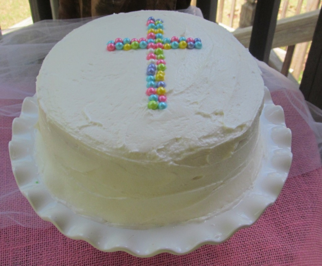 Cake Frosting Recipe  THE BEST white cake with buttercream frosting