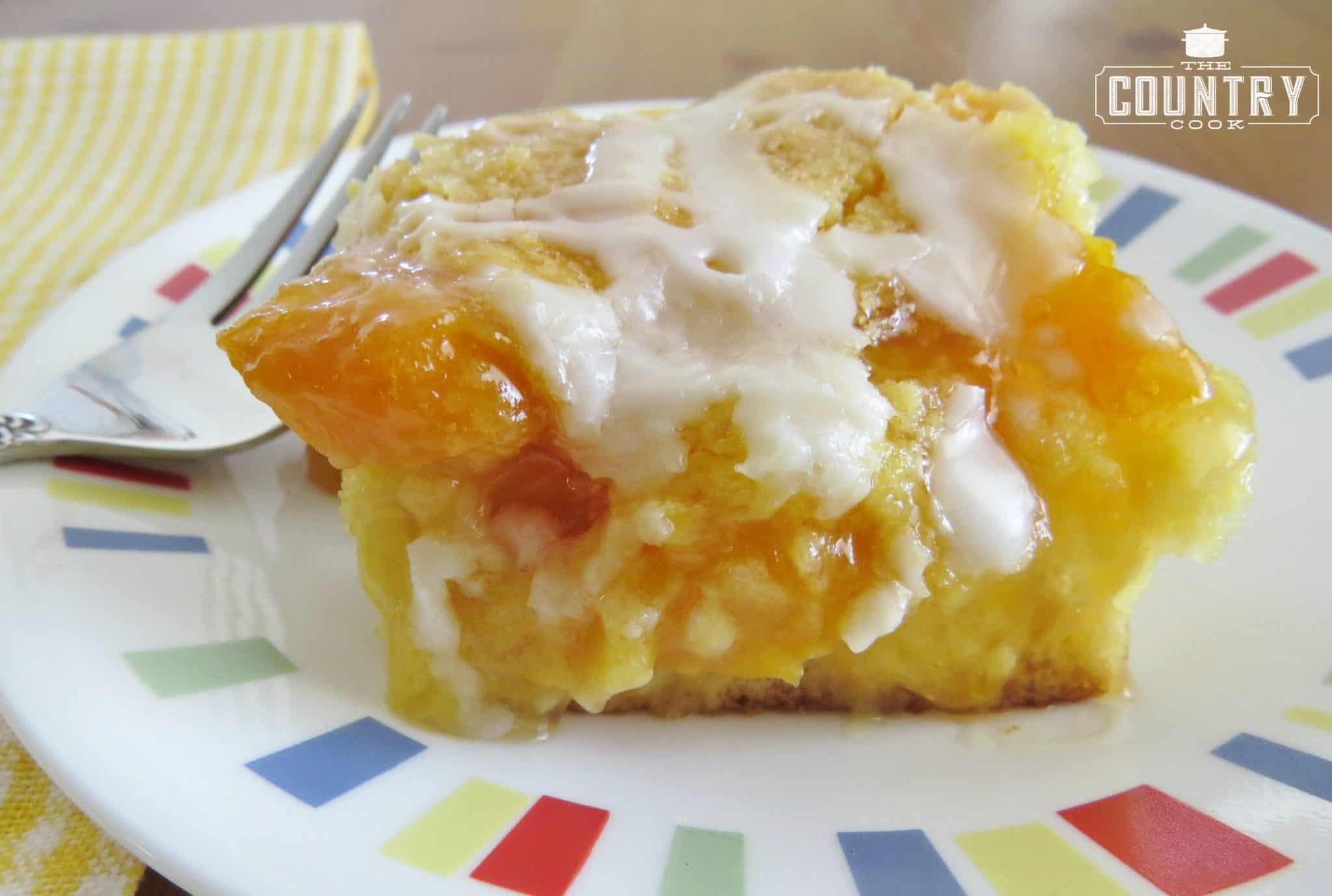 Cake Mix Peach Cobbler  easy peach cobbler recipe cake mix