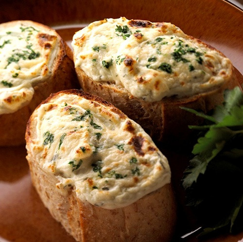 Calories In Garlic Bread  Feel Healthier BODYMIND How many calories in Greasy