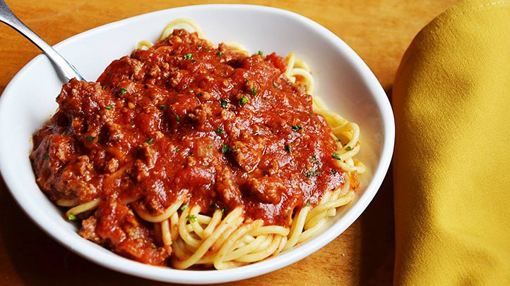 Calories In Spaghetti With Meat Sauce  calories in spaghetti and meat sauce