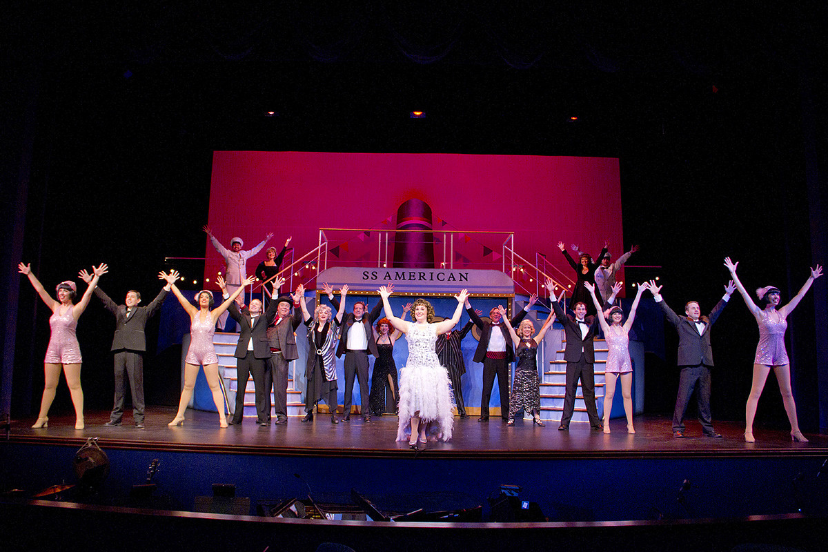 """Candlelight Dinner Theatre  """"Anything Goes"""" a toe tappin good time at Candlelight"""