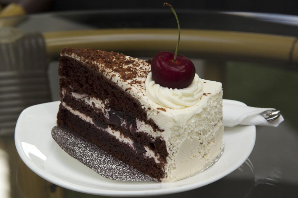 Caribbean Dessert Recipes  Royal Caribbean Black Forest Cake Recipe