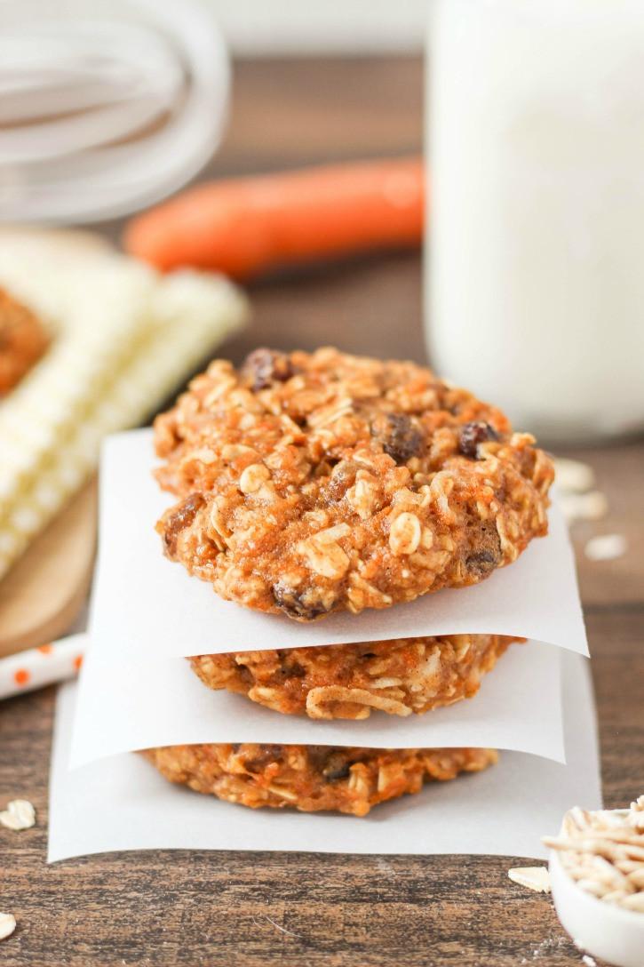 Carrot Cake Cookies  Healthy Chocolate Chunk Banana Oatmeal Cookies