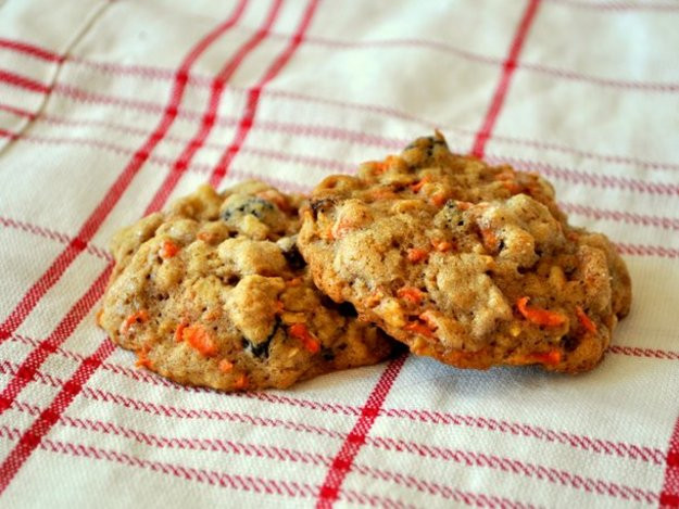 Carrot Cake Cookies  Cookie Monster Carrot Cake Cookies