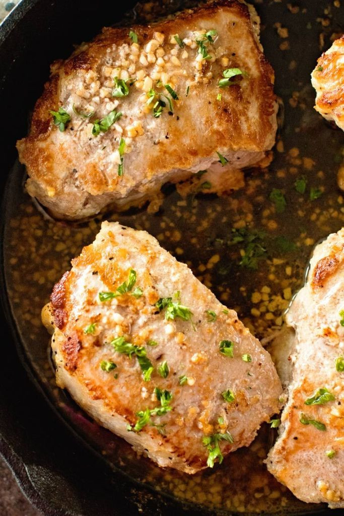 Cast Iron Skillet Boneless Pork Chops  Garlic Baked Pork Chops FREE PORK CHOPS Julie s Eats
