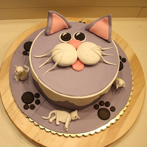 Cat Birthday Cake  17 Best images about Cat Cakes on Pinterest