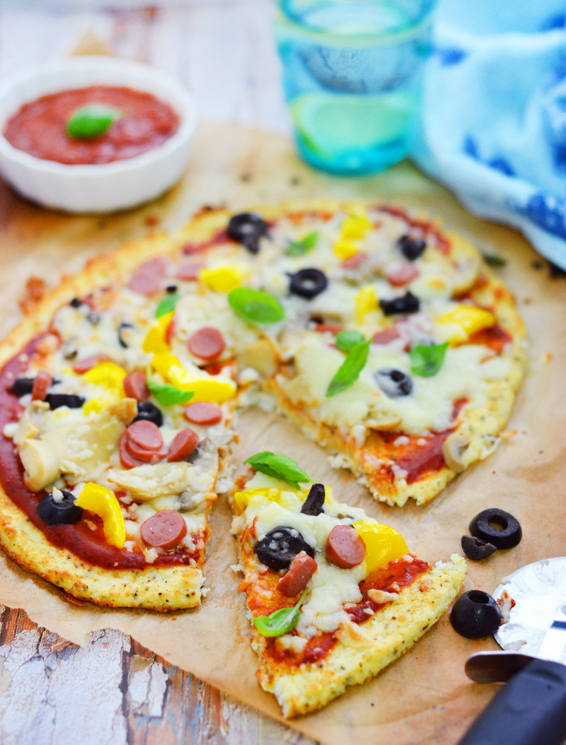 Cauliflower Pizza Crust  Cauliflower pizza crust – Chef in disguise