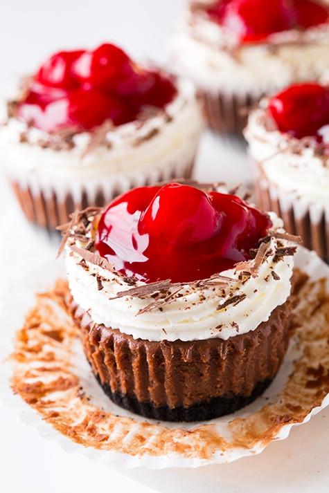 Cheesecake Cupcake Recipe  cheesecake cupcakes