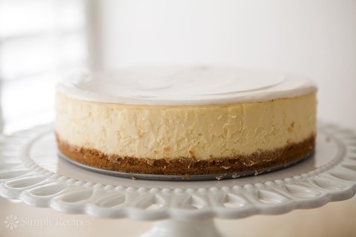 Cheesecake Recipe Easy  Perfect Cheesecake Recipe New York Style