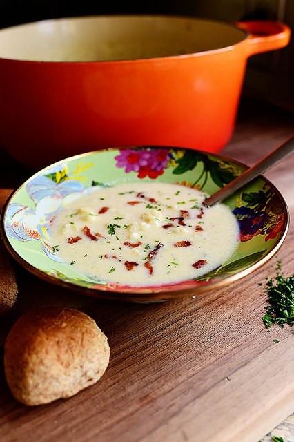 Cheesy Cauliflower Soup  Cheesy Cauliflower Soup