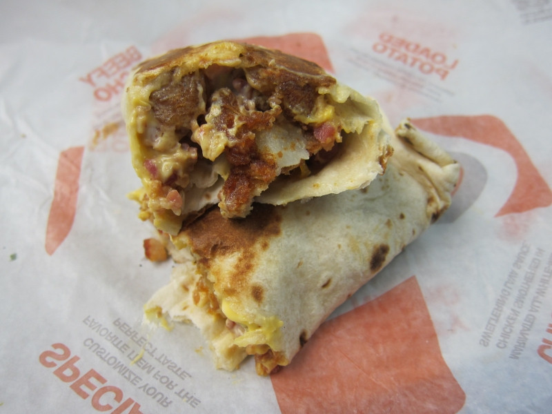 Cheesy Potato Griller  Review Taco Bell Loaded Potato Griller