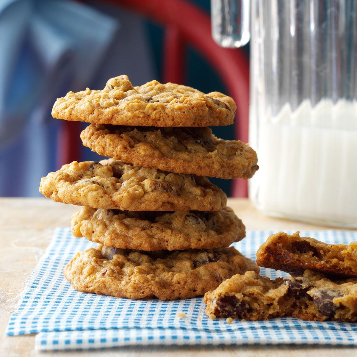 Chewy Oatmeal Cookies Recipe  Chewy Oatmeal Cookies Recipe