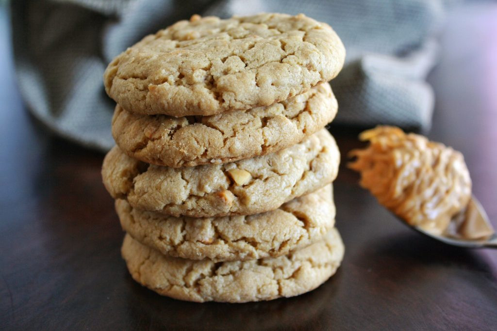 Chewy Peanut Butter Oatmeal Cookies  Soft & Chewy Peanut Butter Oatmeal Cookies Life She Lives