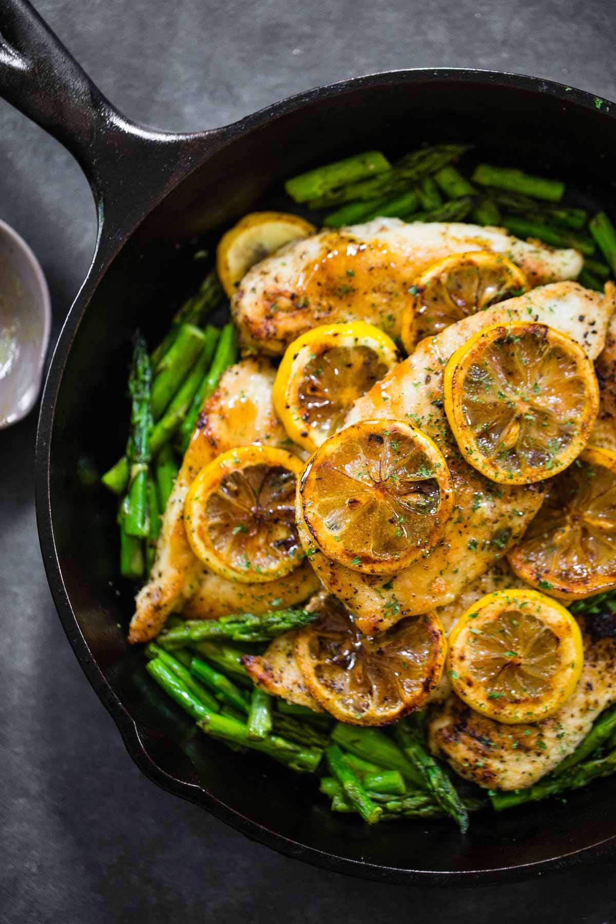 Chicken And Asparagus Recipe  5 Ingre nt Lemon Chicken with Asparagus Recipe Pinch