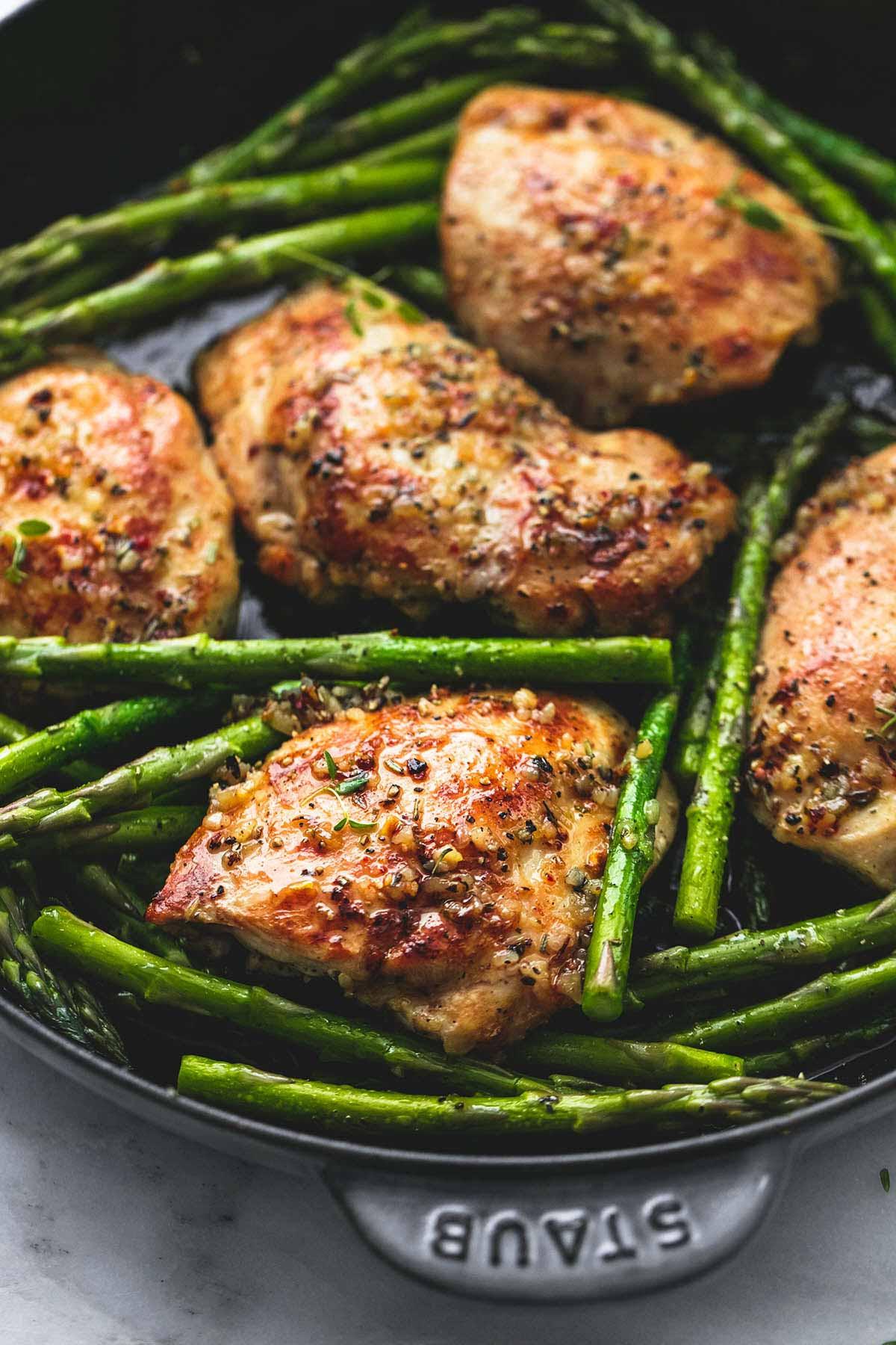 Chicken And Asparagus  e Pan Garlic Herb Chicken and Asparagus