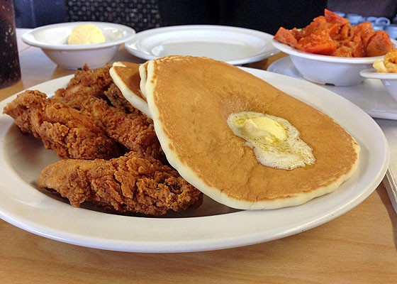 Chicken And Pancakes  12 Best Diners in Los Angeles