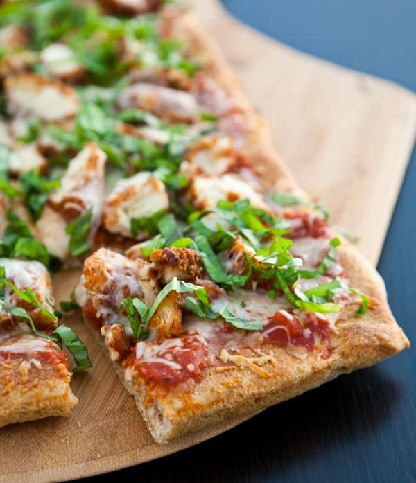 Chicken Parm Pizza  Eclectic Recipes Chicken Parmesan Pizza