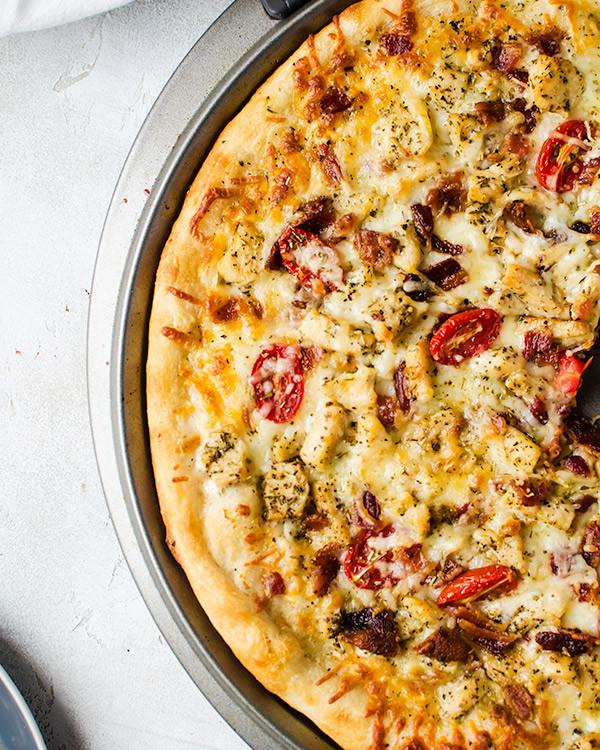 Chicken Ranch Pizza  Chicken Bacon Ranch Pizza Recipe