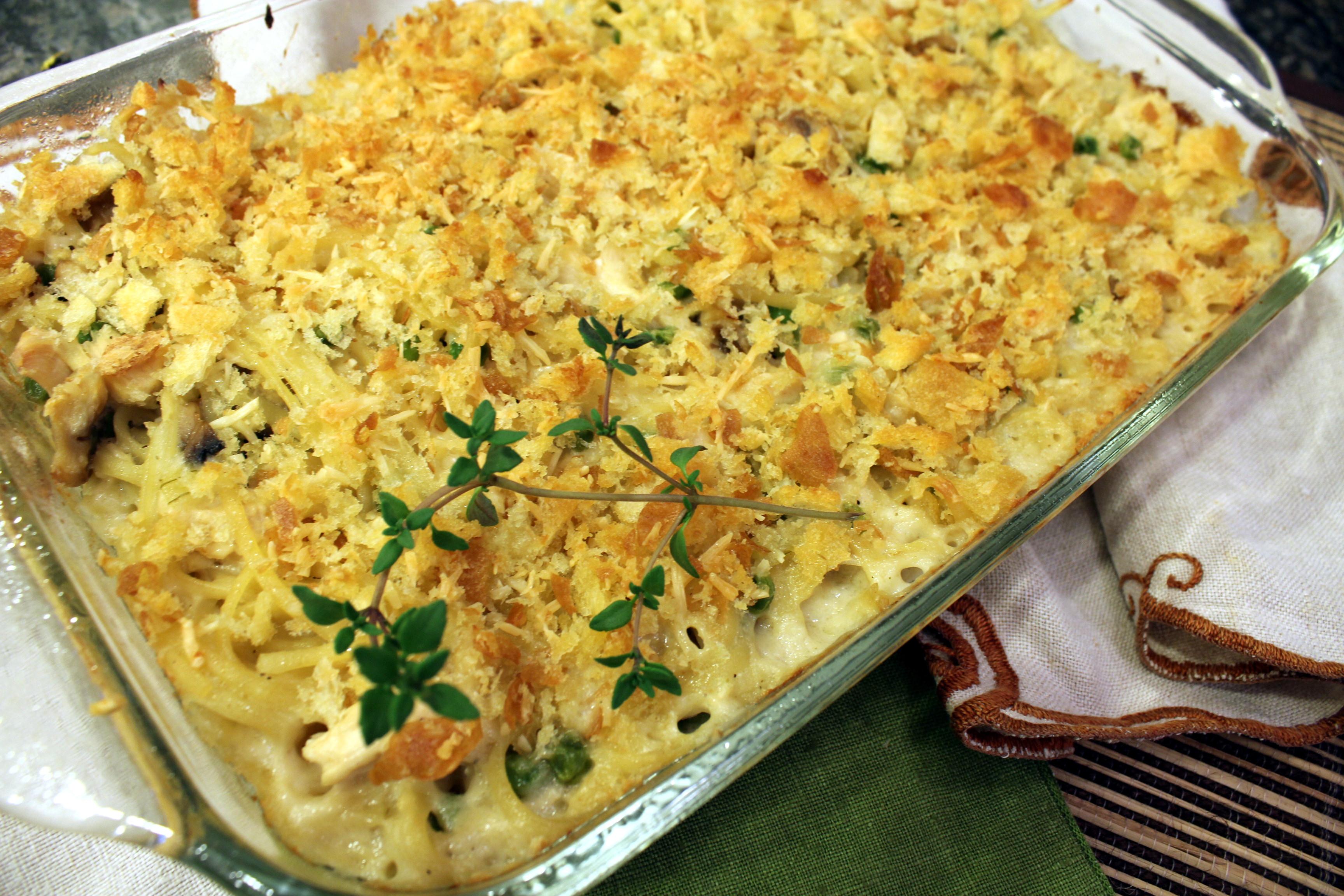 Chicken Tetrazzini Casserole  Chicken Tetrazzini Casserole