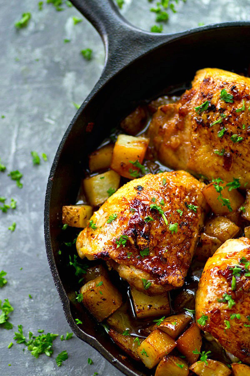 Chicken Thighs And Potatoes  Skillet Honey Garlic Chicken Thighs with Roast Potatoes