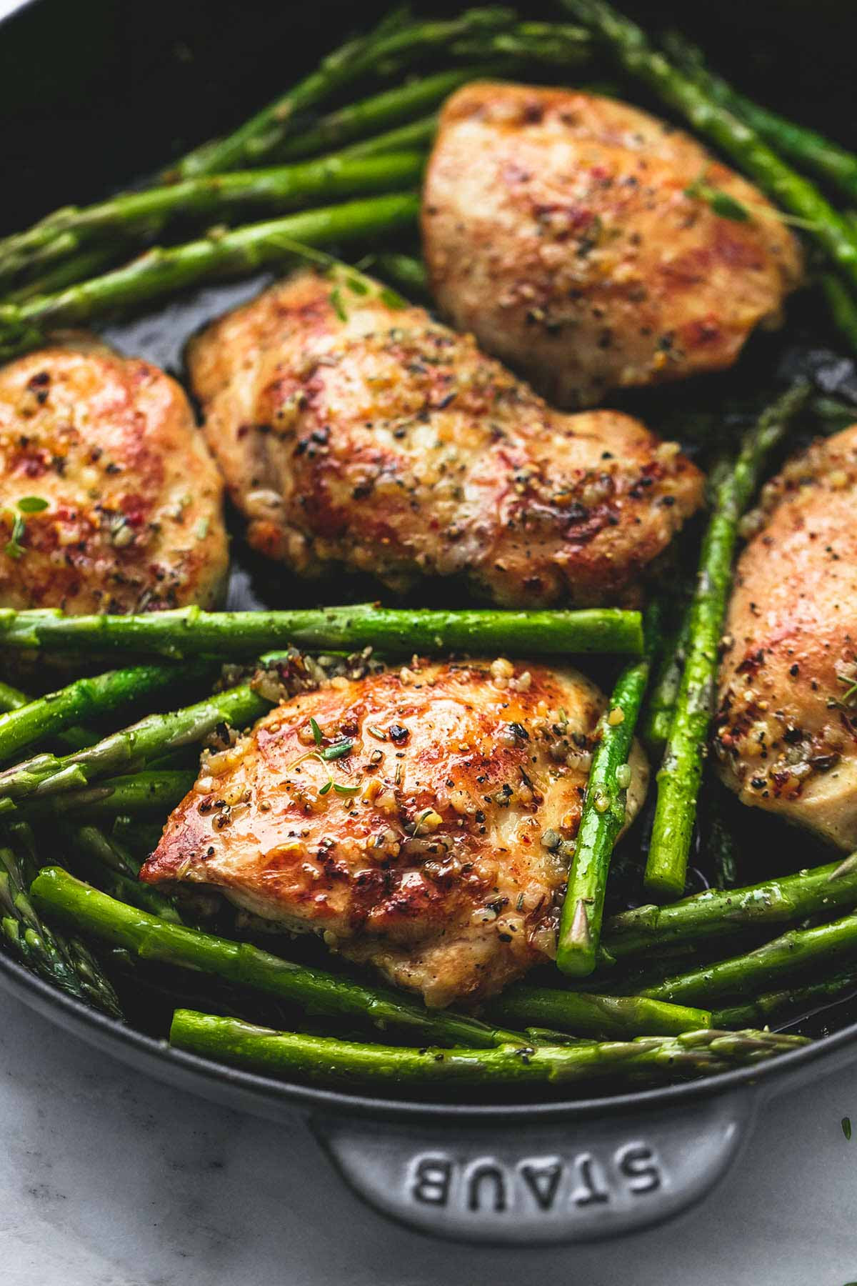 Chicken With Asparagus  e Pan Garlic Herb Chicken and Asparagus