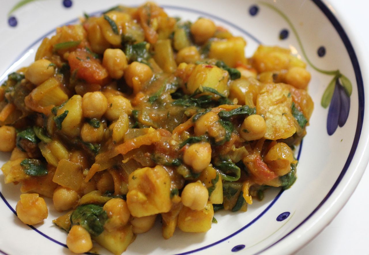 Chickpea Potato Curry  Green Gourmet Giraffe MLLA Chickpea and potato curry with