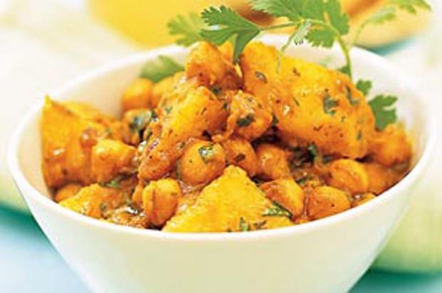 Chickpea Potato Curry  Chickpea and potato curry recipe goodtoknow