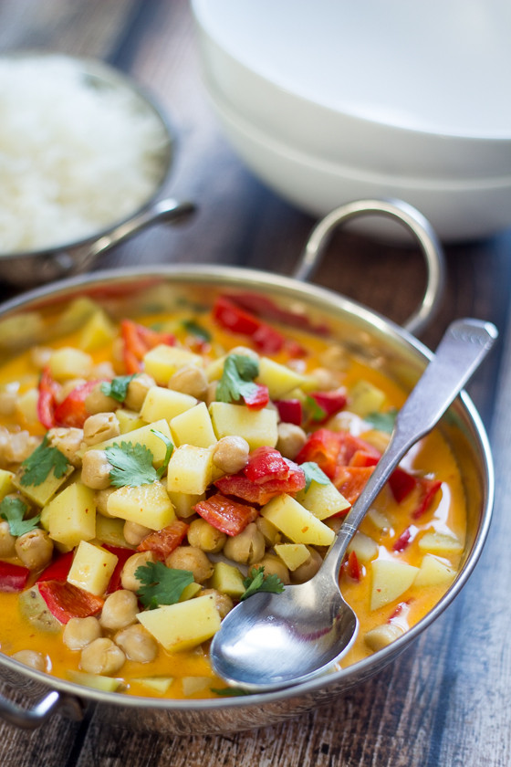 Chickpea Potato Curry  6 Ingre nt Vegan Chickpea Curry The Wanderlust Kitchen