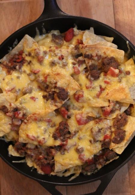 Chili Cheese Nachos  Chili Cheese Nachos Quick and Easy Dinner