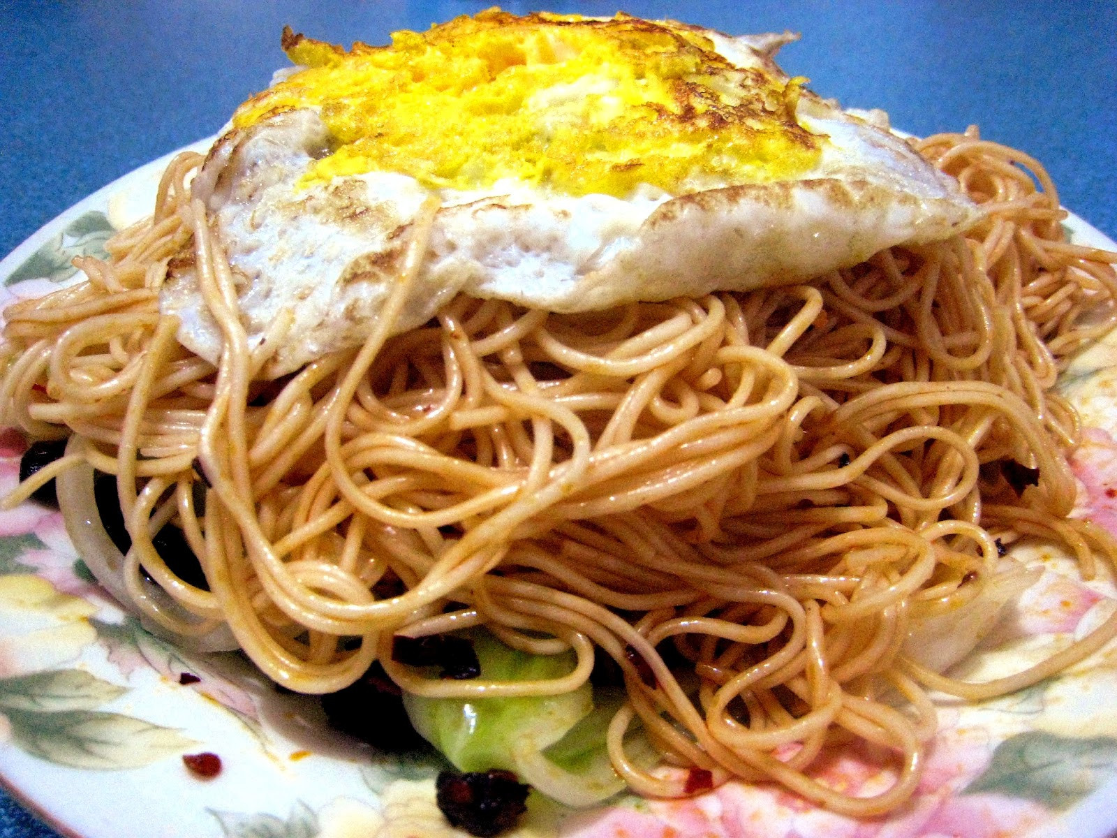 Chinese Egg Noodles Recipe  The Home Ec Amateur Spicy Chinese egg noodles recipe