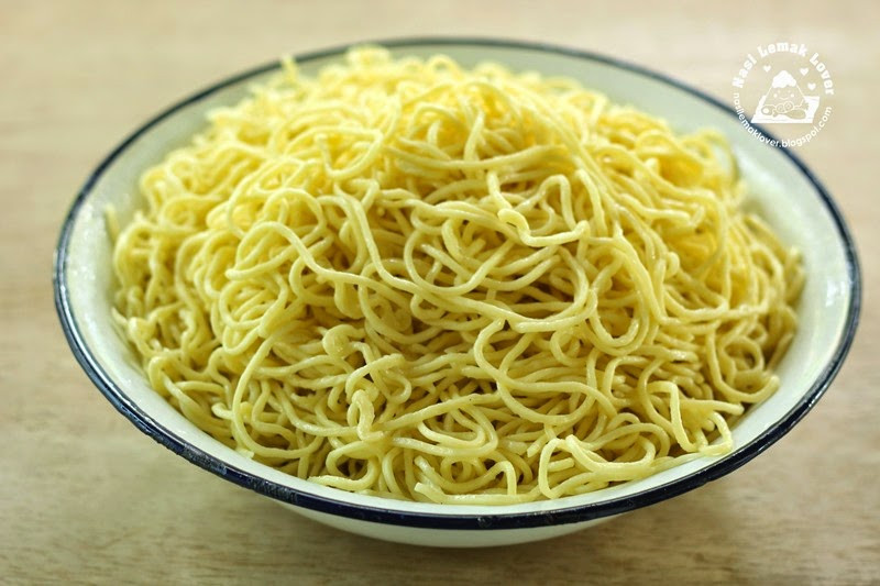 Chinese Egg Noodles  Nasi Lemak Lover Homemade Chinese egg noodles 全蛋面 油面